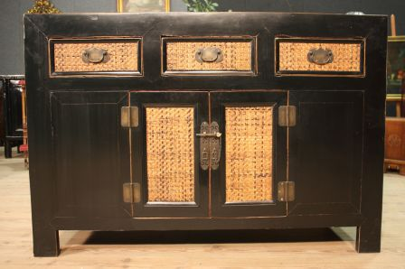 Mobili Cinesi Laccati Neri : Credenza cinese in legno laccato nero