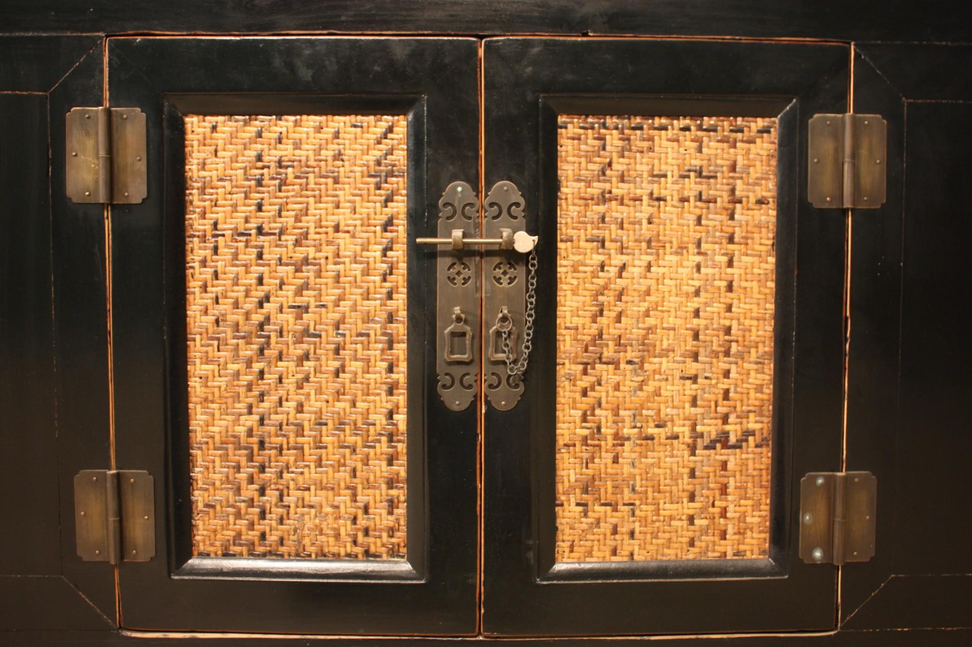 Mobili Cinesi Laccati Neri : Credenza 2 ante 3 cassetti mobile cinese in legno laccato nero stile