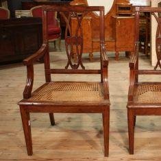 Coppia di sedie in legno di noce epoca 800