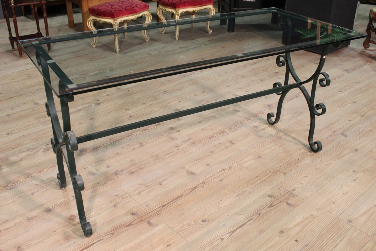 Grande tavolo da pranzo anche da esterno ferro piano in vetro ...