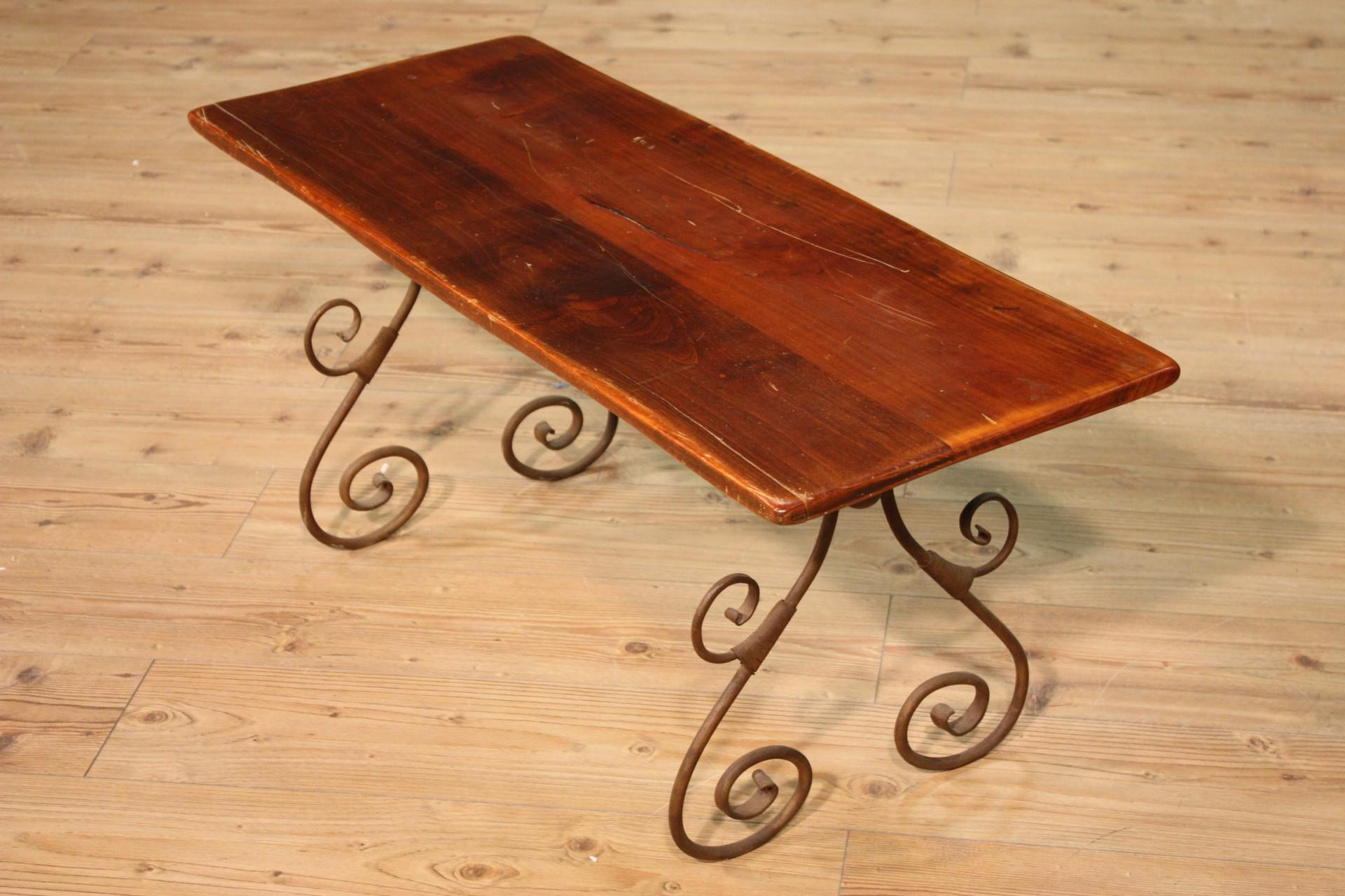 Sitzbank kleiner tisch stuhl holz eisen geformt m bel for Stuhl italienisch