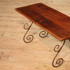 Tavolino in legno e ferro epoca 900
