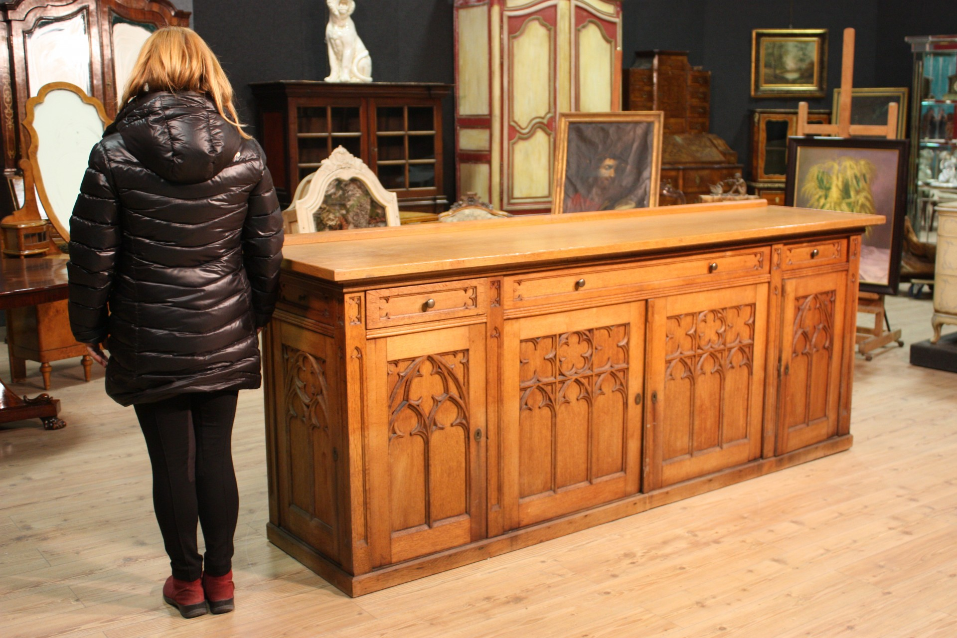 kredenz geschirrschrank gothic holz eichenholz geschnitzte m bel antik stil 900 ebay. Black Bedroom Furniture Sets. Home Design Ideas