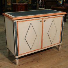 Mobile in legno scolpito e dipinto epoca 900