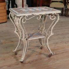 Tavolino in ferro dipinto con piastrelle Francia epoca '900