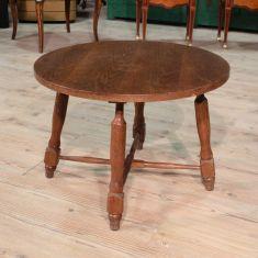 Tavolino rustico scolpito in legno di rovere, Olanda epoca '900