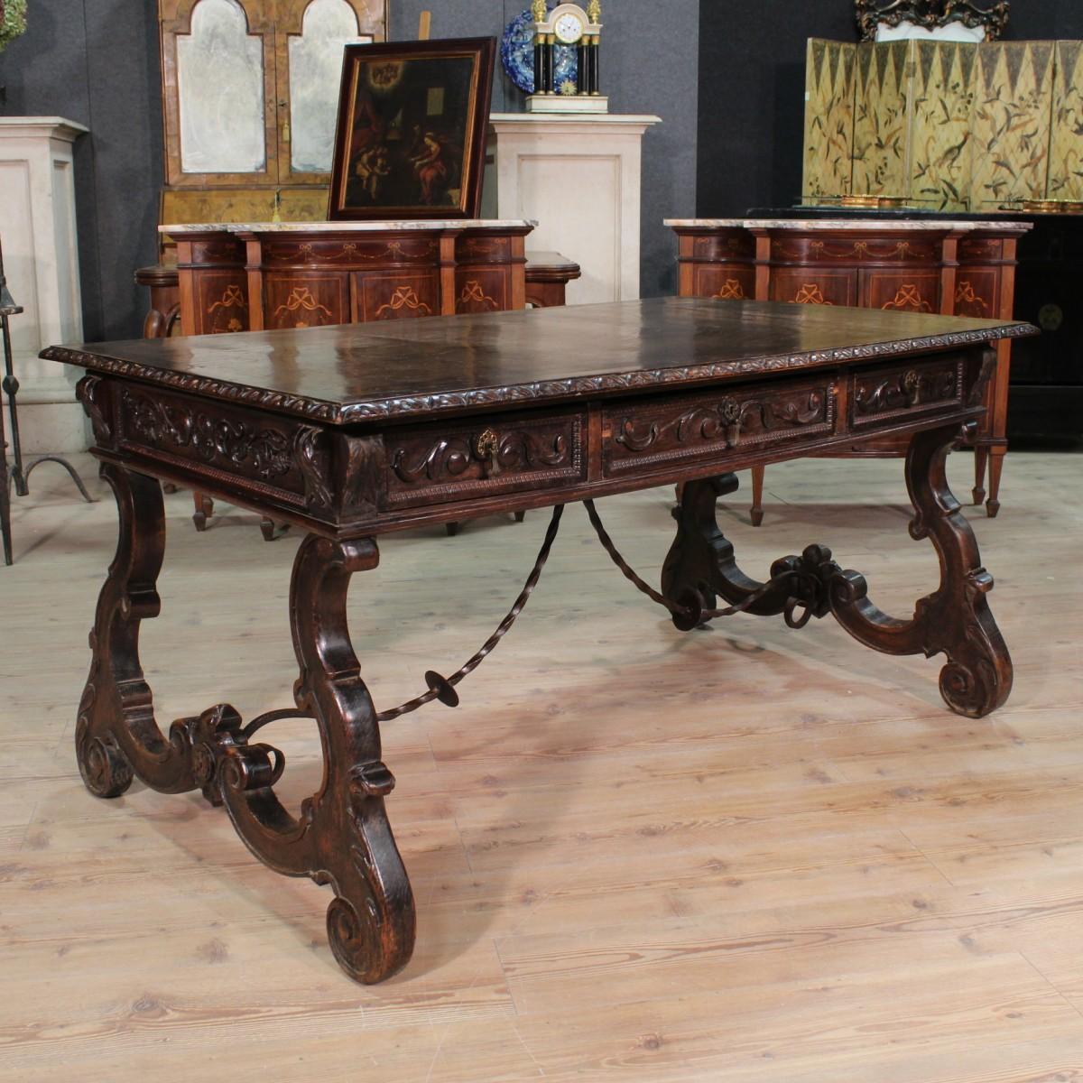 Grande tavolo scrittoio rinascimentale legno scolpito 3 - Tavolo grande legno ...