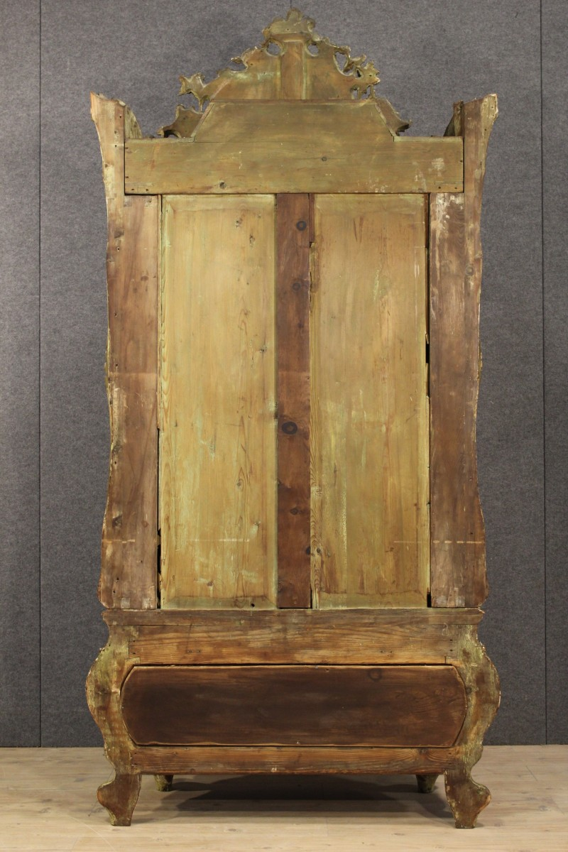 Armadio veneziano in legno laccato della fine del xix secolo for Legno laccato