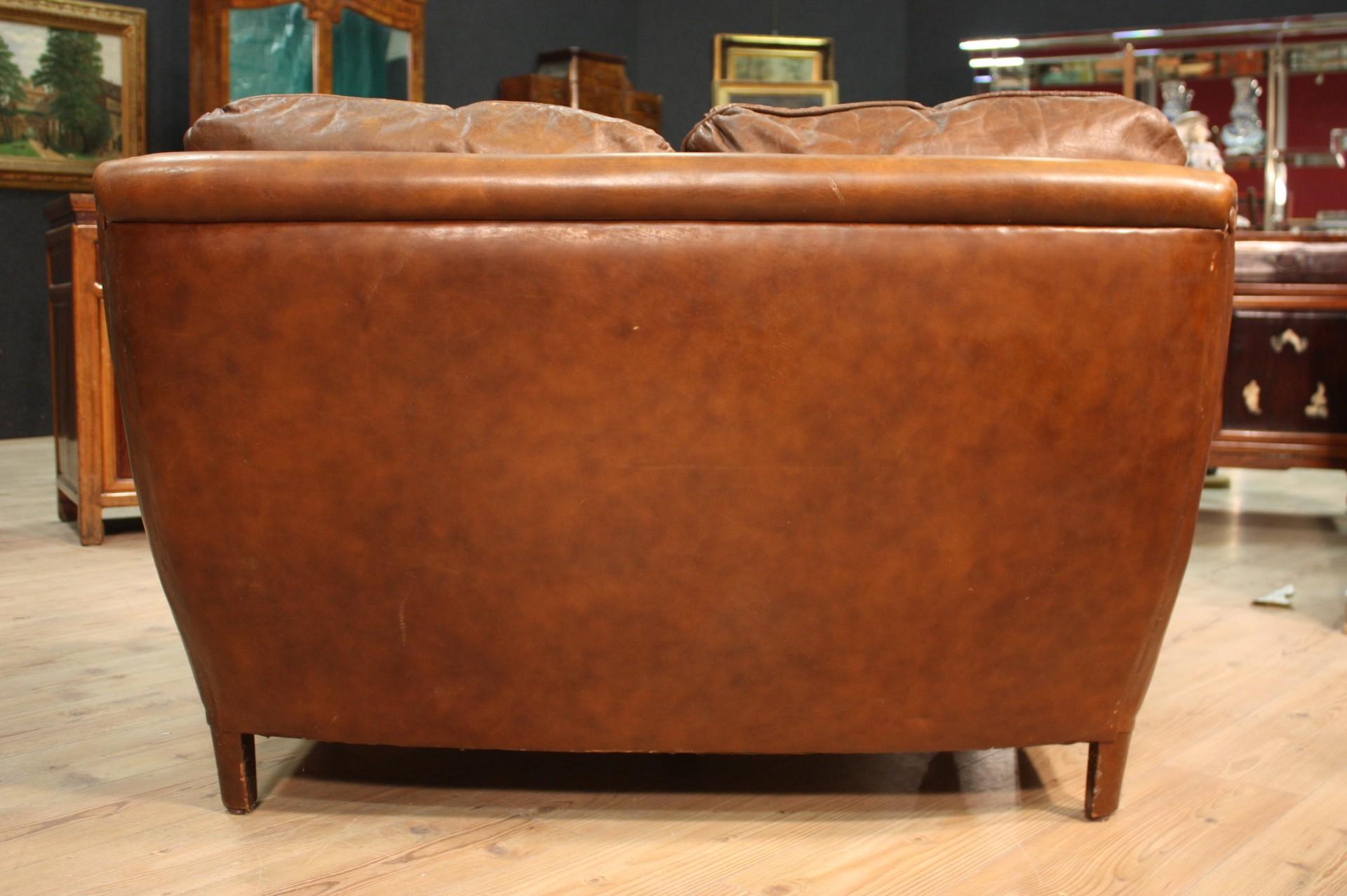 Divano nord europeo in finta pelle riproduzione moderna 39 70s 39 80s sofa cuscini ebay - Divano finta pelle rovinato ...