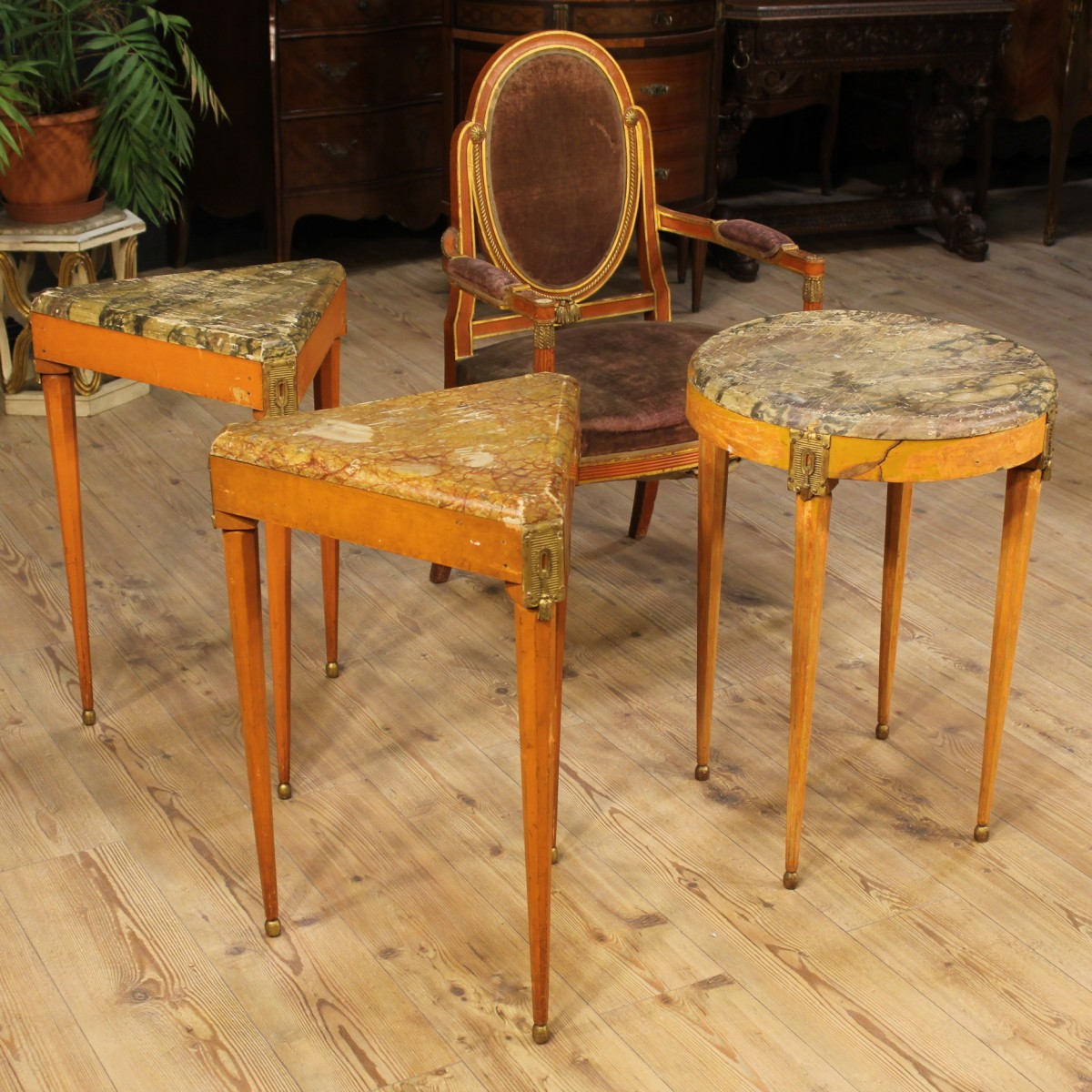 French set of three tables and a chair from the early for Mobili per salone