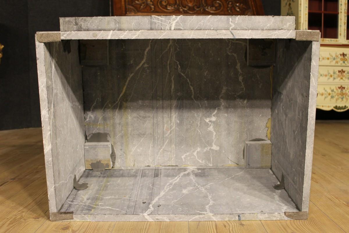 Tavolino Da Salotto In Marmo.Annuncio Tavolino Da Salotto In Marmo Della Seconda Meta Del Xx
