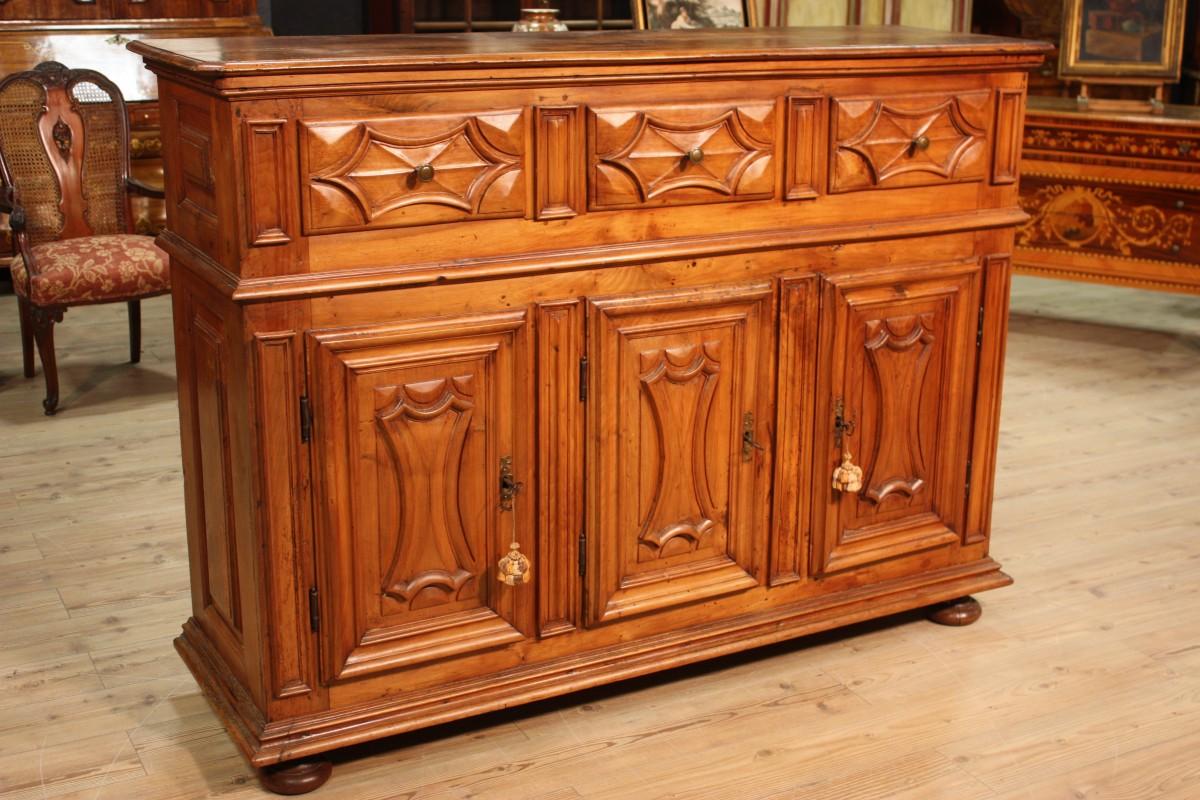 Antiquariato torinese e l 39 origine dei mobili in stile for Mobili antiquariato