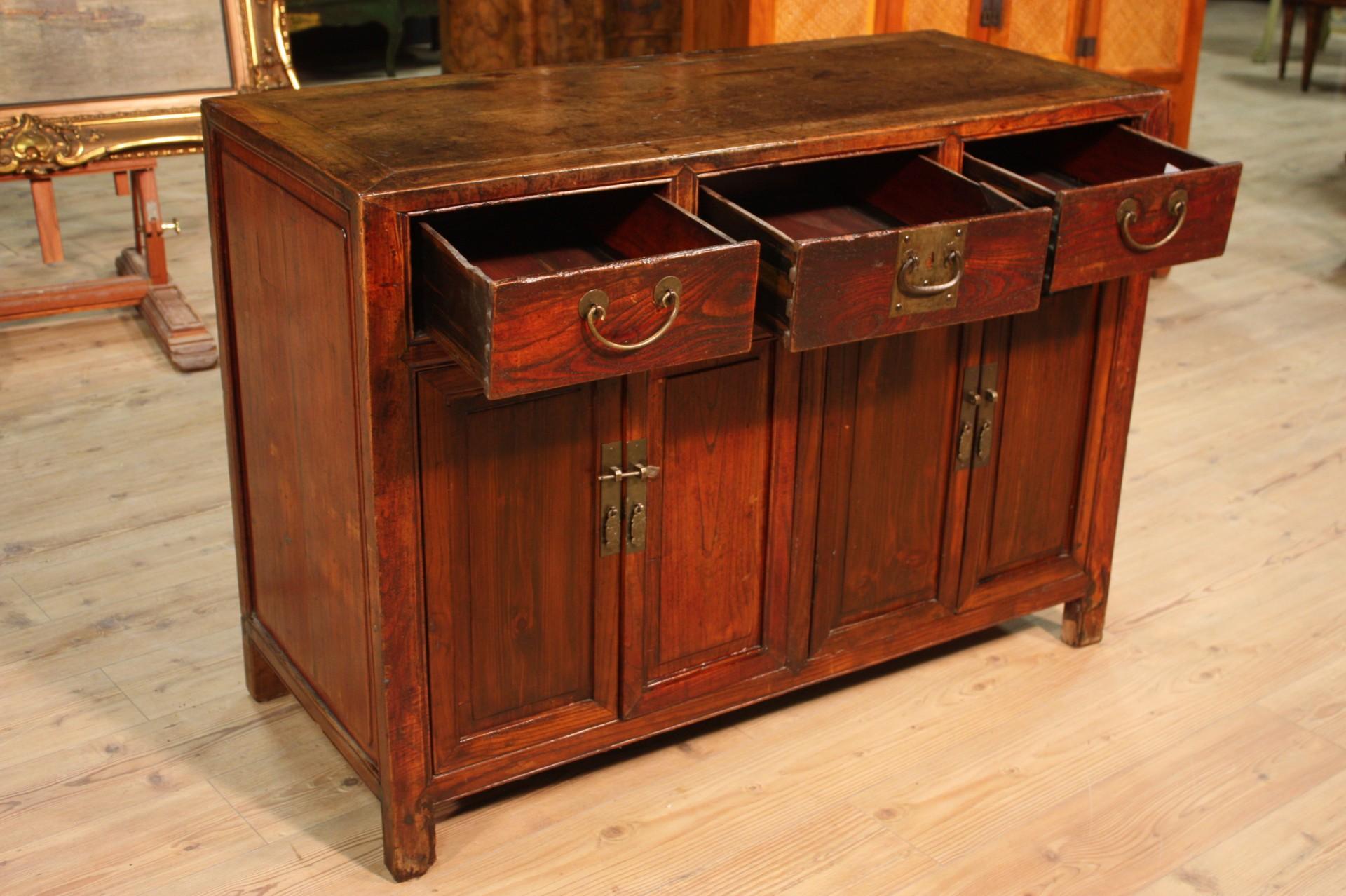 Credenza Rustica Noce : Credenza orientale rustica in legno vendita online antiquariato