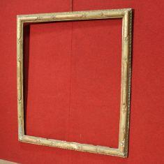 Antica cornice italiana in legno laccato e dorato epoca 700