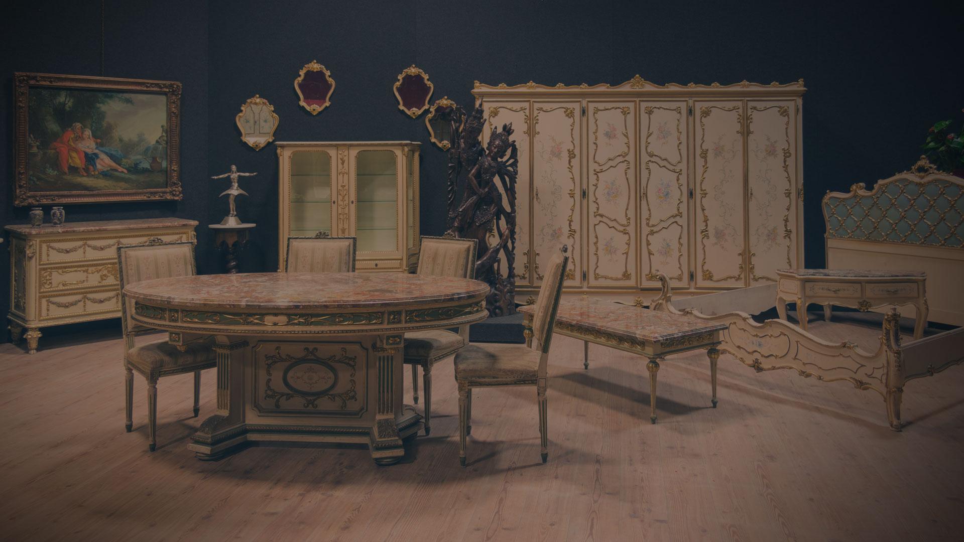 Mobili antichi in vendita mobili di antiquariato e for Vendita di mobili