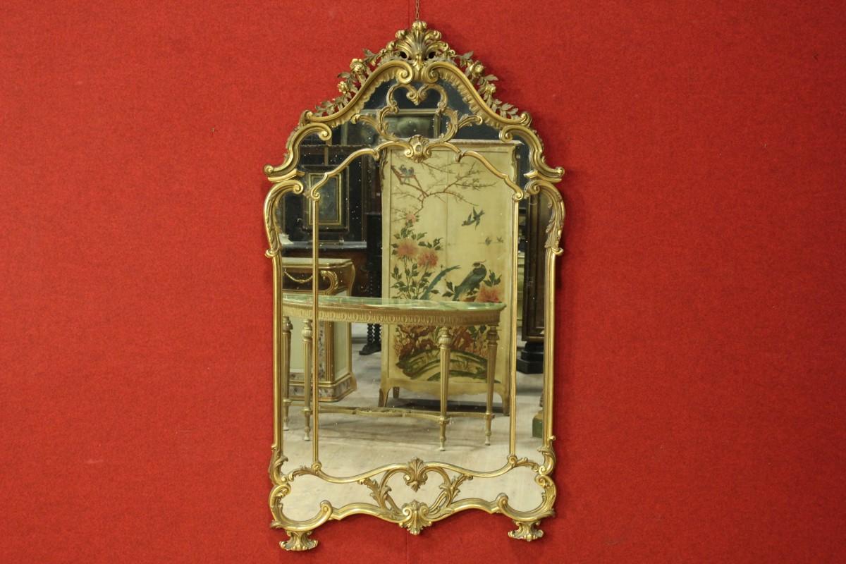 Mobili antichi dorati: i segreti di bottega dei maestri doratori