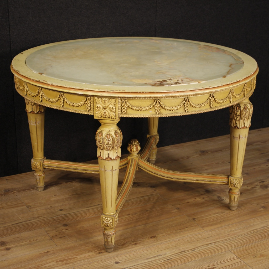 Italian lacquered and painted table in louis xvi style