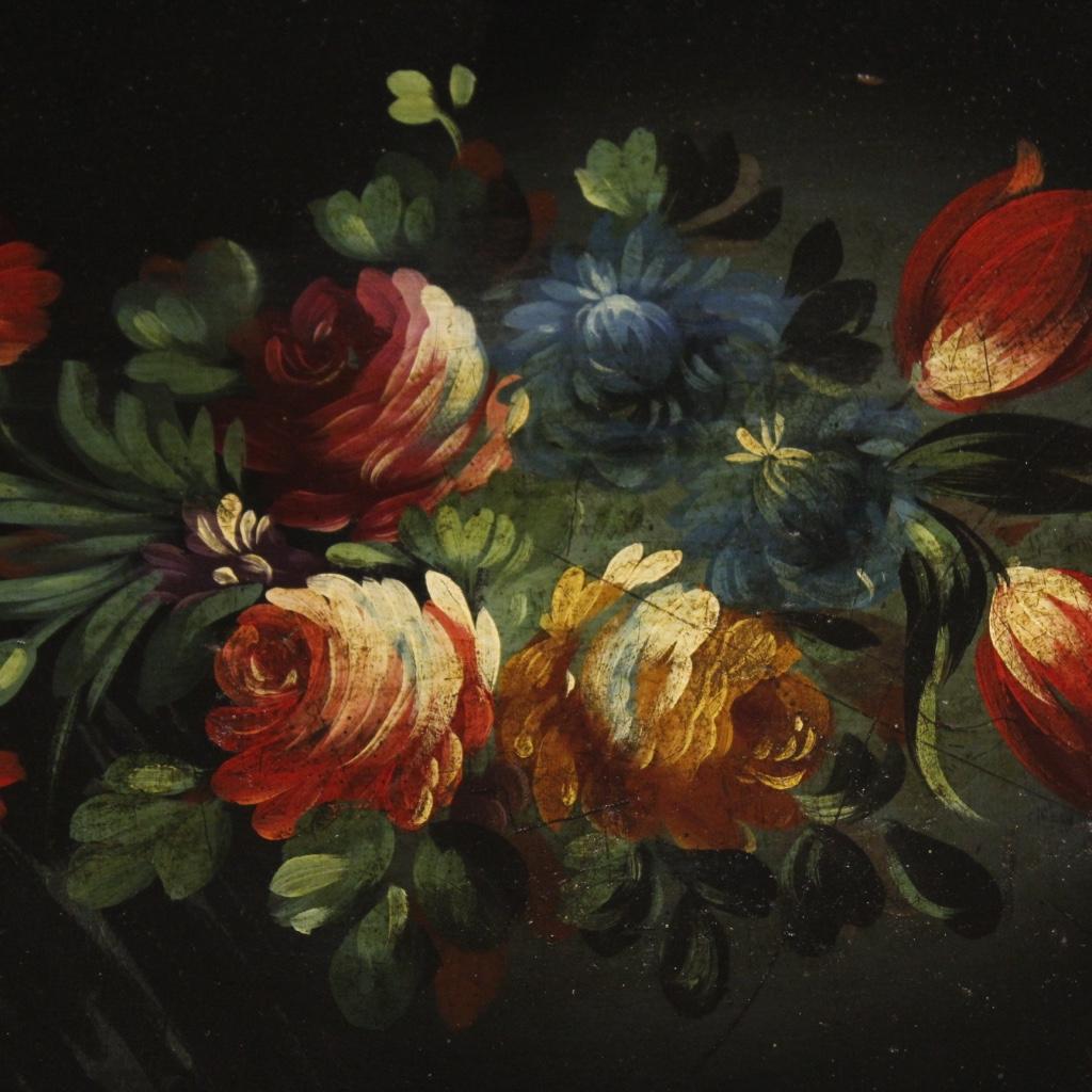 Trittico di tavolini fiorentini laccati, dorati e dipinti - Immagine3