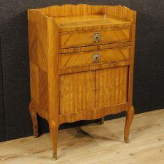 Tavolino lastronato in bois de rose a due cassetti e un'anta epoca '800