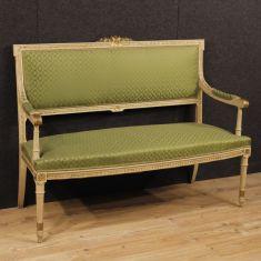 Sofà mobile salotto rivestito in tessuto verde epoca 900