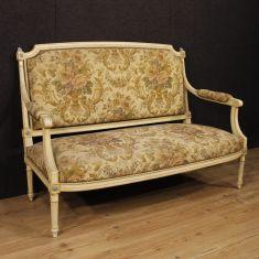 Mobile sofà in legno con tessuto floreale epoca 900