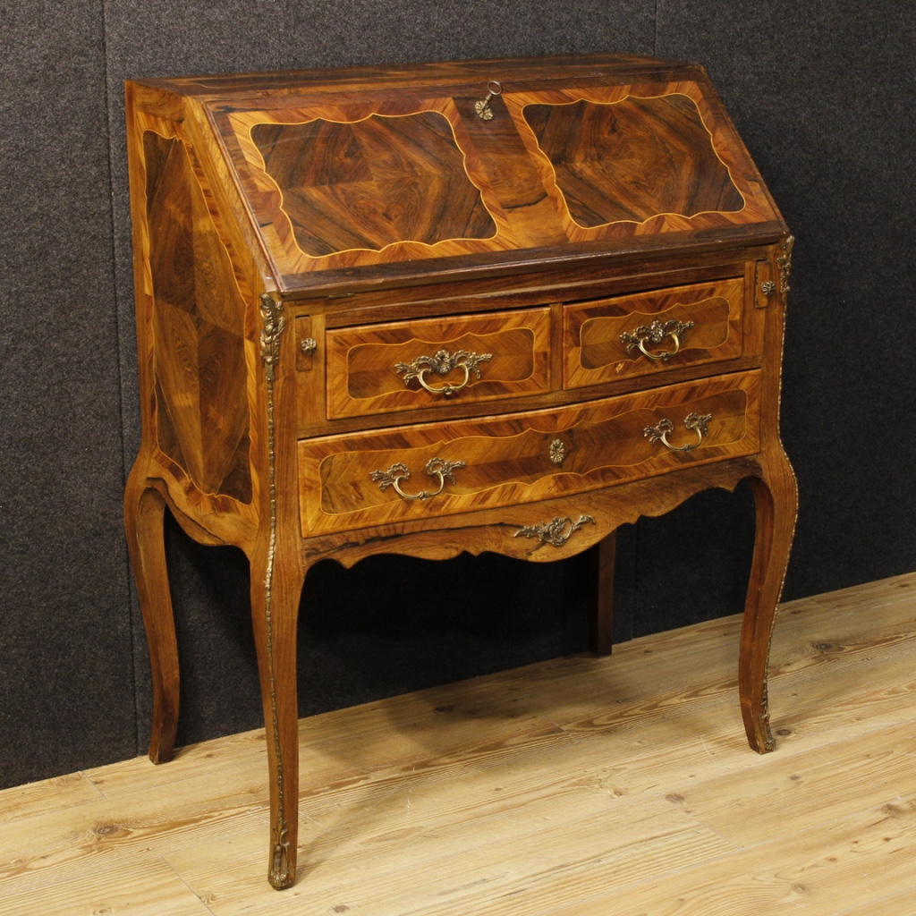 french inlaid bureau decorated with bronze. Black Bedroom Furniture Sets. Home Design Ideas