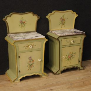 Pair of Italian bedside tables in painted wood in Art Nouveau style