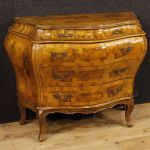 Venetian chest of drawers in walnut and burl wood with 5 drawers