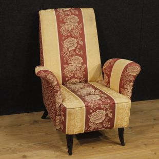 Italian armchair with floral fabric in Guglielmo Ulrich style