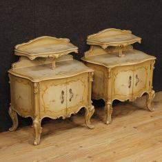 Mobili tavolini in legno 2 ante stile antico 900