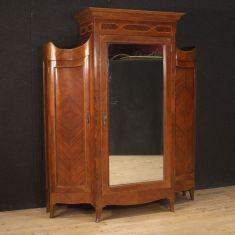 Mobile guardaroba in legno stile antico camera 900