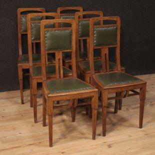 Poltrone Vecchie In Pelle.Sedie E Poltrone Antiche Troni E Seggiole