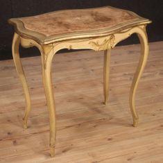 Tavolo da salotto in legno stile antico 900