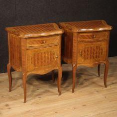 Mobili tavolini in legno stile antico 900