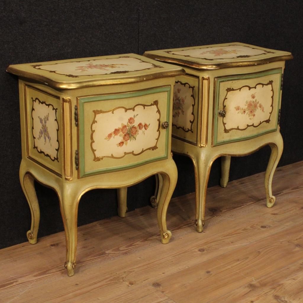 coppia di comodini laccati tavolini dorati stile mobili