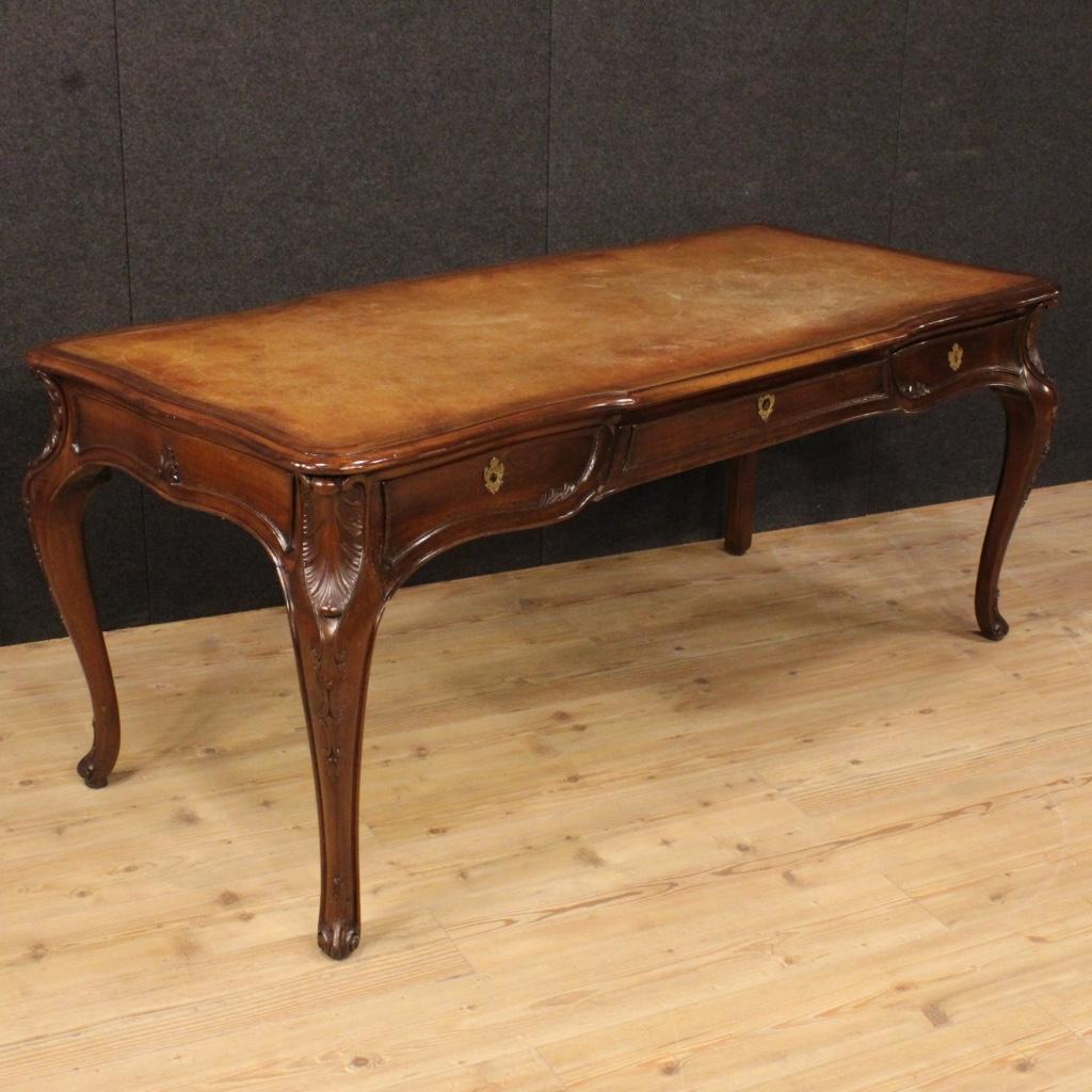 Italian writing desk in walnut in louis xv style - Relooker table merisier ...