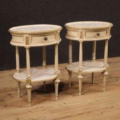 Mobili tavolini in legno camera stile antico 900