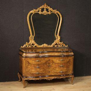 Mobili antichi in vendita, mobili di antiquariato e arredamento